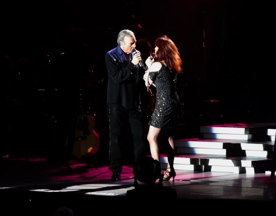 Neil Diamond live at The Greek Theater Aug 23, 2012