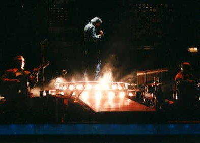 Neil Diamond at Continental Airlines Arena, East Rutherford, NJ, 1996 - Photo by Alex Westner